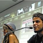 A-la-izquierda-Teresa-Segura-productora-de-Malviviendo.-Junto-a-ella-David-Sainz-creador-y-protagonista-de-la-webserie.